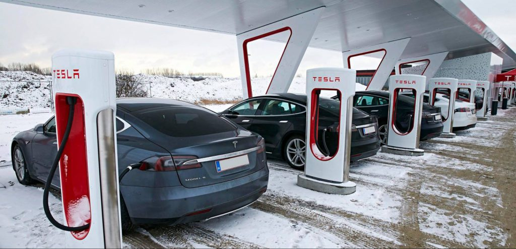tesla_superchargingstation_balkans-e1467644222972