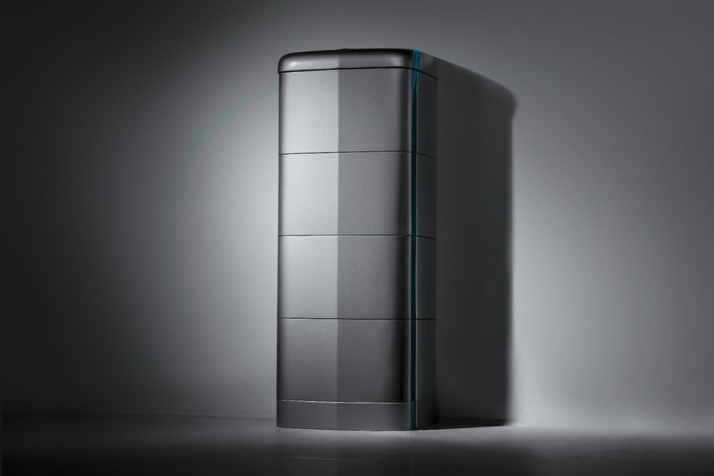 mercedes-benz-energy-storage-uk-delivery-3