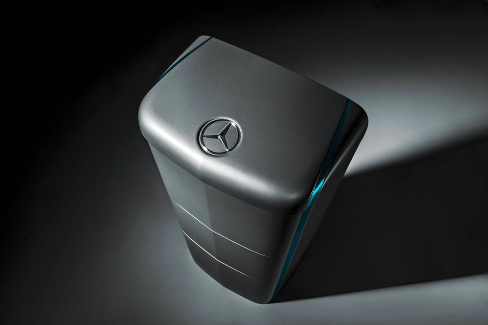 mercedes-benz-energy-storage-uk-delivery-6